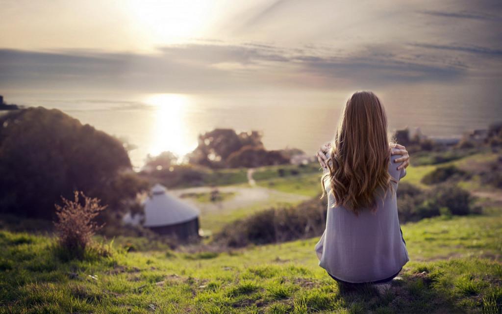 Hitta en plats som känns trygg för dig. Det kan vara både ute, hemma eller hos någon nära vän eller anhörig.